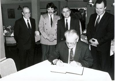 1990: 1. Besuch von BM Hans Wolf in Marcillat