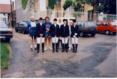 1993: Wadersloher Teilnehmer an der Geländeritt- und Mountainbike-Rallye durch den Kanton Marcillat