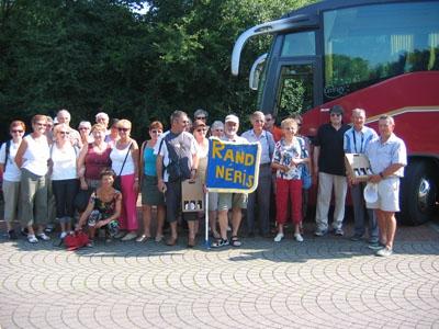 """2009: Die Wandergruppe """"Randonnée Nérisienne"""" (35 Personen) kommt nach Wadersloh"""