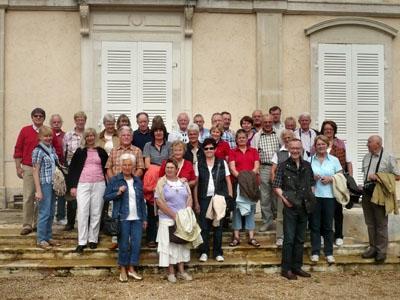 2010: 9. Bürgerbus des DFF, hier am Château Meursault in Burgund
