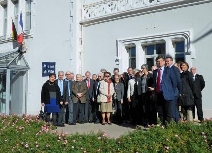 2015 - Bürgermeister Thegelkmap mit Delegation in Néris-les-Bains