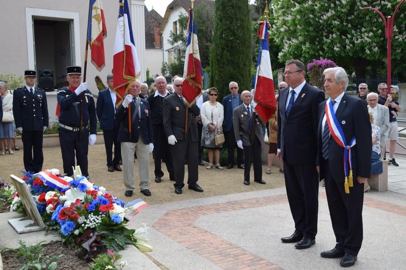 2018 - Teilnahme von BM Thegelkamp an der Gedenkfeier zum Ende des 2. Weltkriegs in Néris