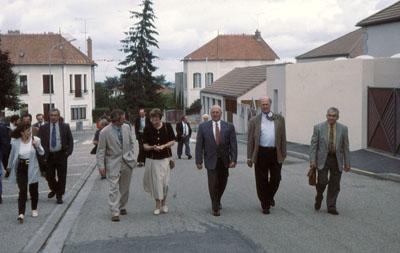 Begrüßung der Delegation und Rundgang durch den Kurort Néris