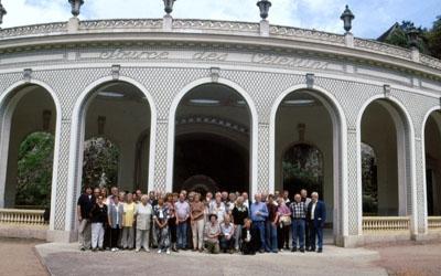 Vichy: Gruppenfoto an der Célestins-Quelle